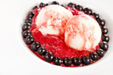 Ice cream with fresh berries