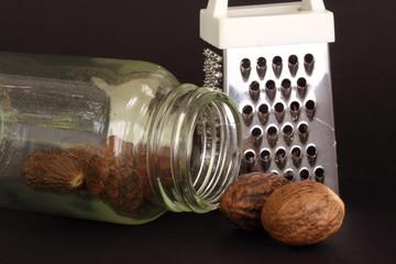 nutmeg, bottle and grater