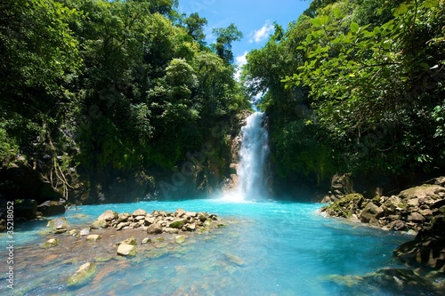 Fotobehang Centraal-Amerika Landen Tenorio Waterfall, Costa Rica