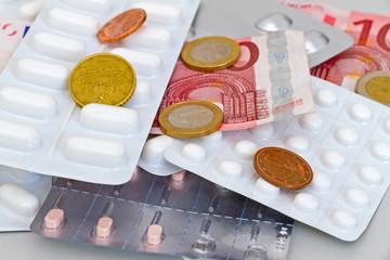 Geld und Medikamente
