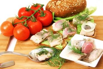 gedeckter Tisch mit Fisch