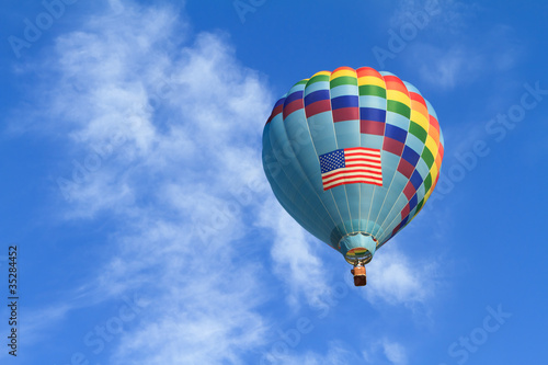 hot air balloon with us flag