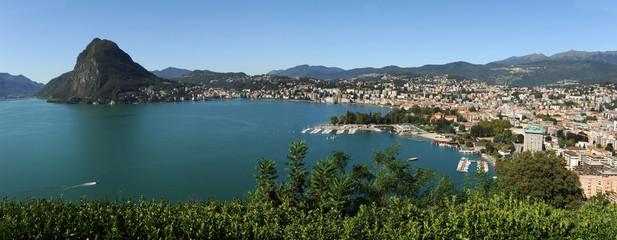 Lugano con vista su lago e San Salvatore