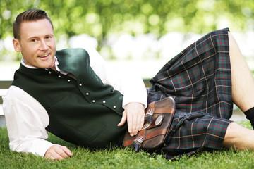 Mann im Schottenrock