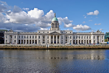 The Custom House (Irish: Teach an Chustaim) , Dublin