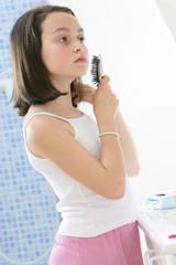Enfant - Brossage des cheveux