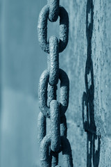 rust iron chains