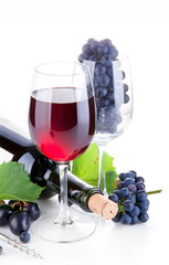 red wine in glass with grapes