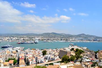 Vista panorámica de Ibiza desde Dalt Vila