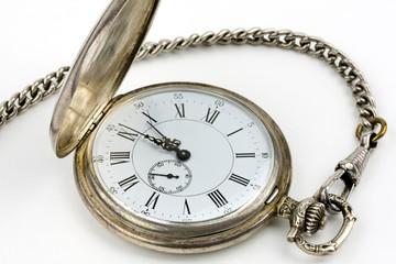 Taschenuhr mit Uhrkette