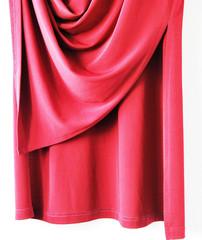 Faltenwurf -  Unterer Teil eines roten Kleides