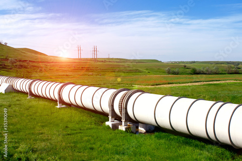 Industrial pipe with gas and oil - 35390049