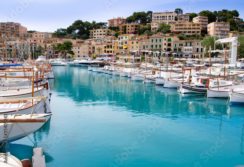 canvas print picture Puerto de Soller Port of Mallorca with lllaut boats