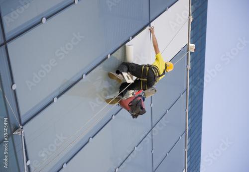 Travaux en hauteur sur un bâtiment
