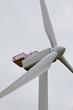 Wind Turbin whit hoist platform
