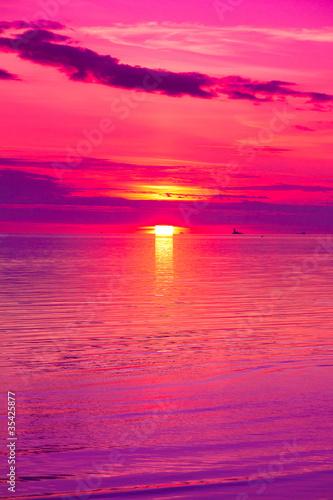 Plexiglas Roze Twilight Panorama Beach