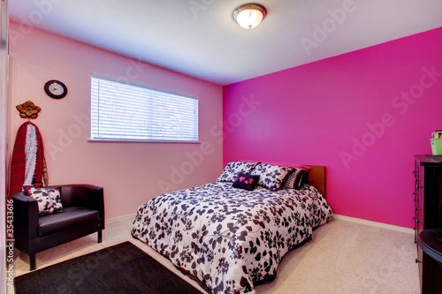 Girls bedroom in pink, black and white by Iriana Shiyan, Royalty ...