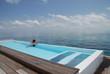 swimmingpool pool over the ocena