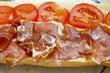 Bocadillo de jamón con tomate