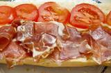 Bocadillo de jamón con tomate poster