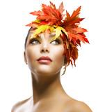 Fototapety Autumn Woman Fashion Makeup