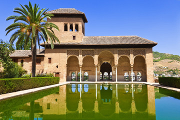 Alhambra de Granada. El Partal and the Tower of the Ladies