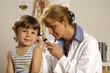 Kind beim Arzt