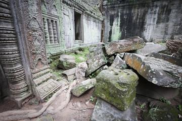rovine ad angkor in cambogia