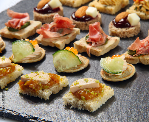 Foto op Canvas Assortiment Petits fours