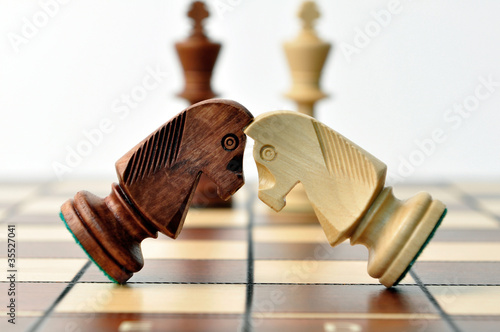 battle of chess jumpers