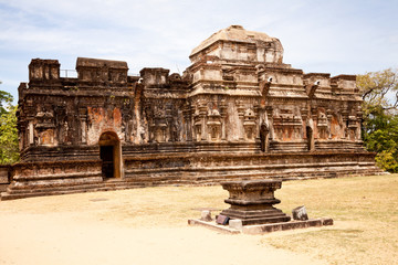 thuparama, place of worship in the ancient city of polonnaruwa