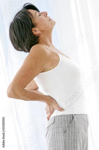 Mal de dos, lombalgie chez les seniors