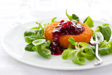 camembert with cranberry sauce