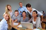 Studenten und Dozent im Seminar