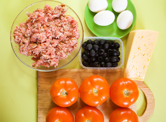 ingredients for stuffed tomato