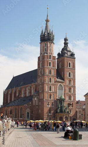 The basilica of the Virgin Mary in Cracow - Poland © marcincom