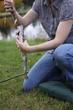 femme à la pêche