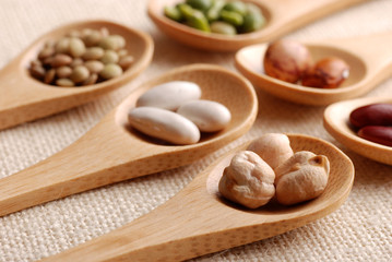 legumi e cucchiai - sette