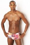 sportlicher Mann in Unterwäsche