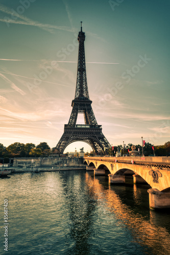 Tour Eiffel Paris France - 35687420
