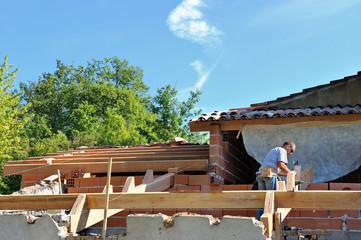 assemblage et construction d'une charpente de maison