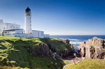 Rua Reidh Lighthouse and crevice