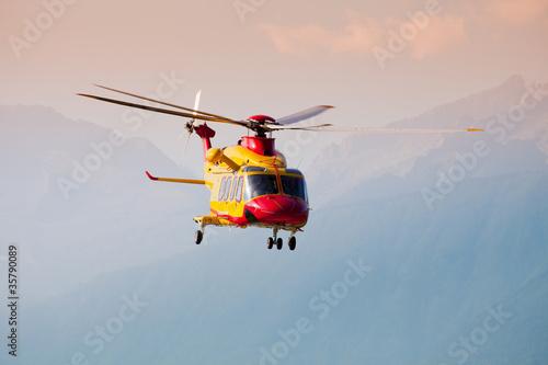 Papiers peints Hélicoptère elisoccorso