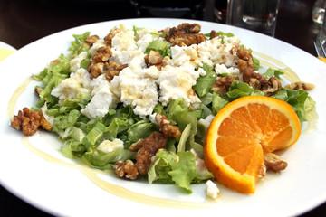 käse-nuss-salat