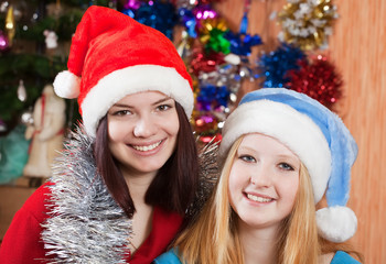 girls in Christmas hats