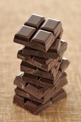 Pile de carrés de chocolat
