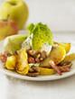 Salade aux pommes poêlées et lardons