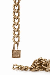 Hanging chain and padlock