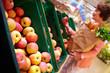 Choosing apples