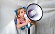 Kind mit dem Megafon